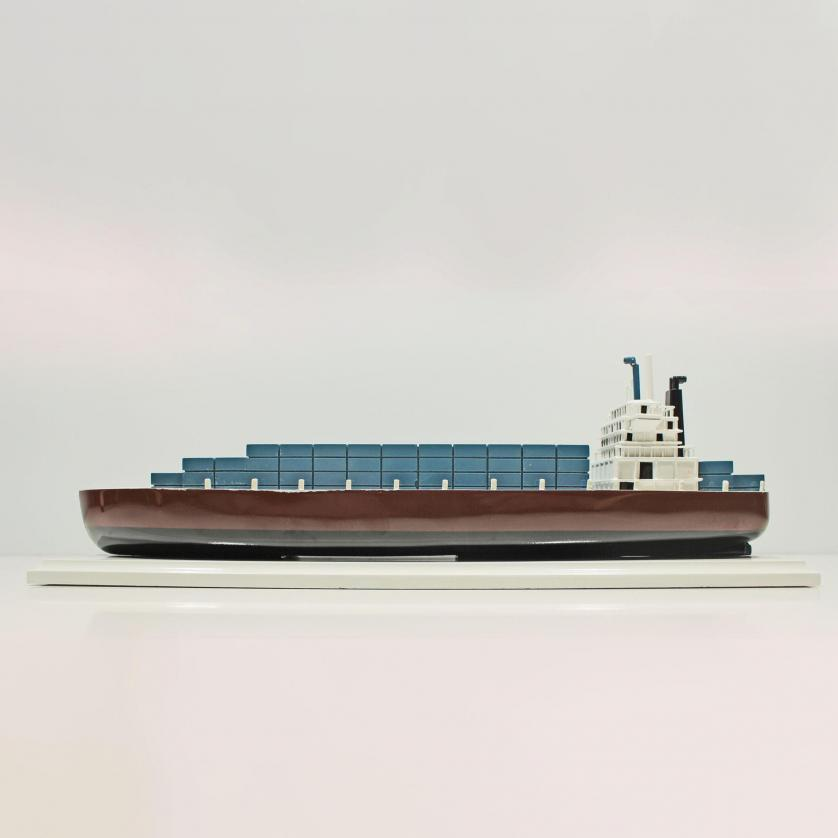 Handgefertigtes Schiffsmodell aus Holz der Container Schiff
