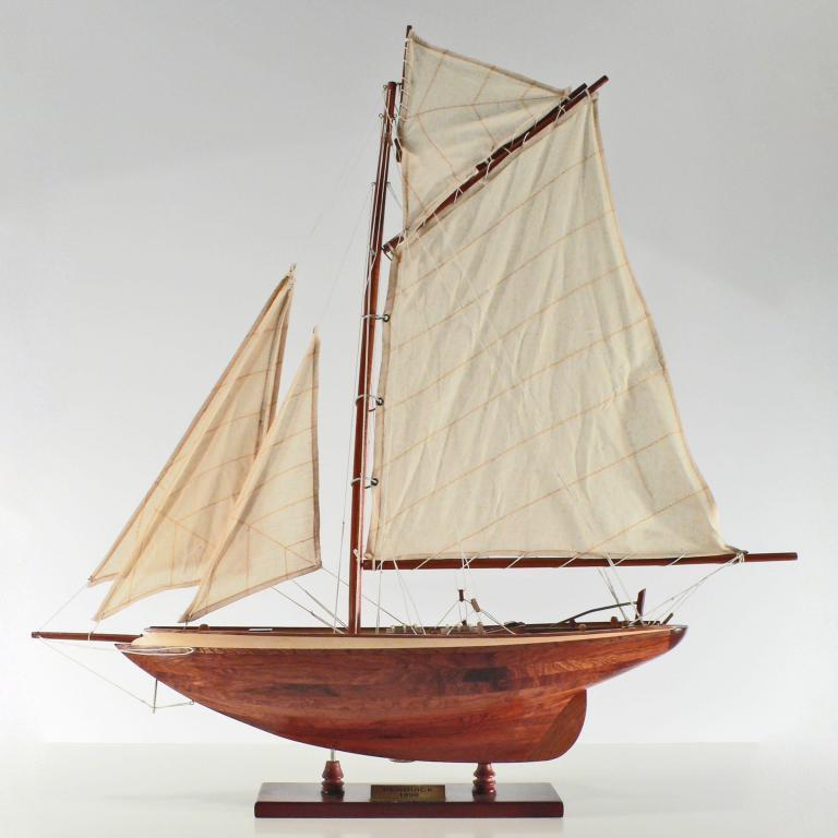 Pen Duick Segelschiffsmodell