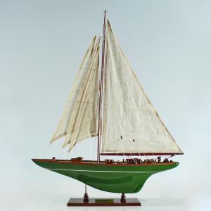 Shamrock-Painted-Green-L50-01