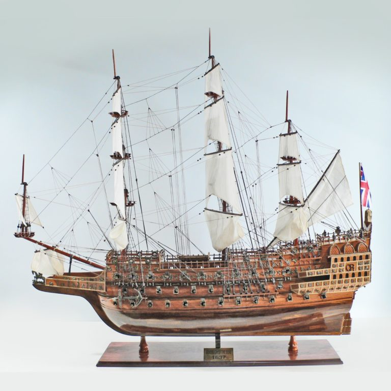 Handgefertigtes Schiffsmodell aus Holz der Sovereign of the Seas