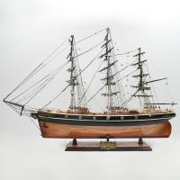 Handgefertigtes Schiffsmodell aus Holz der Cutty Sark