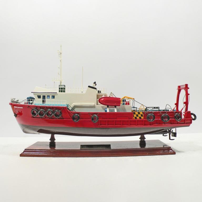 Handgefertigtes Schiffsmodell aus Holz der Mermaid Supporter