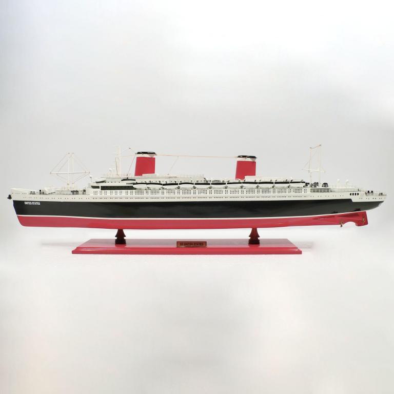 Handgefertigtes Schiffsmodell aus Holz der United States